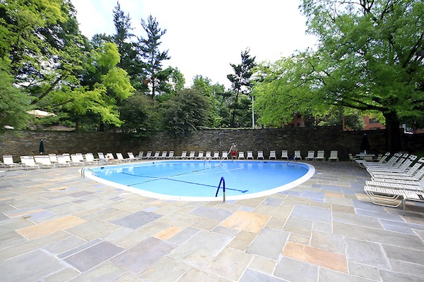 Great Space and Amenities in Glover Park Condo