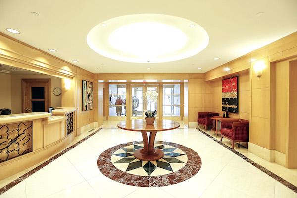 30 - lobby
